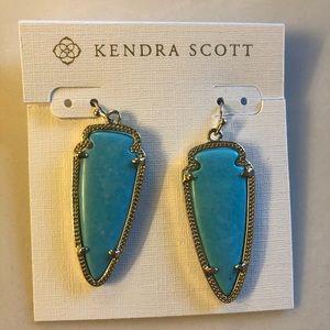 Skyler Arrowhead Kendra Scott Earrings